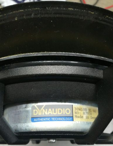 Suspension foam Dynaudio 30W100